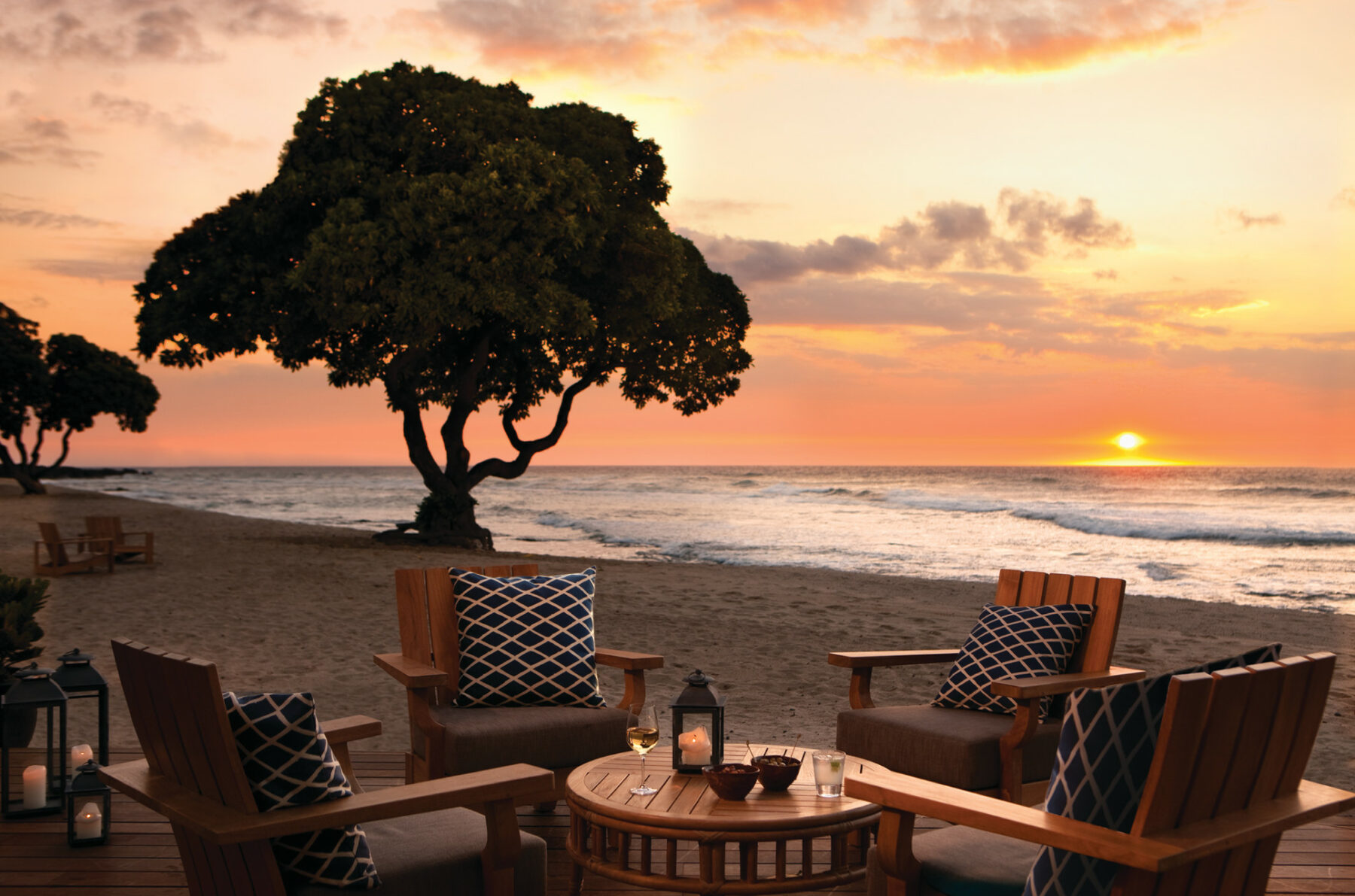 FS Hualalai Dining Beach Tree Hawaii Island