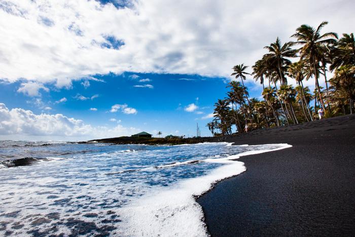 Hawaii-Island---Punaluu-Black-Sand-Beach