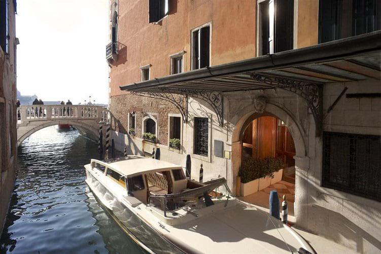 Hotel Danieli Magnificent Atmosphere Location The